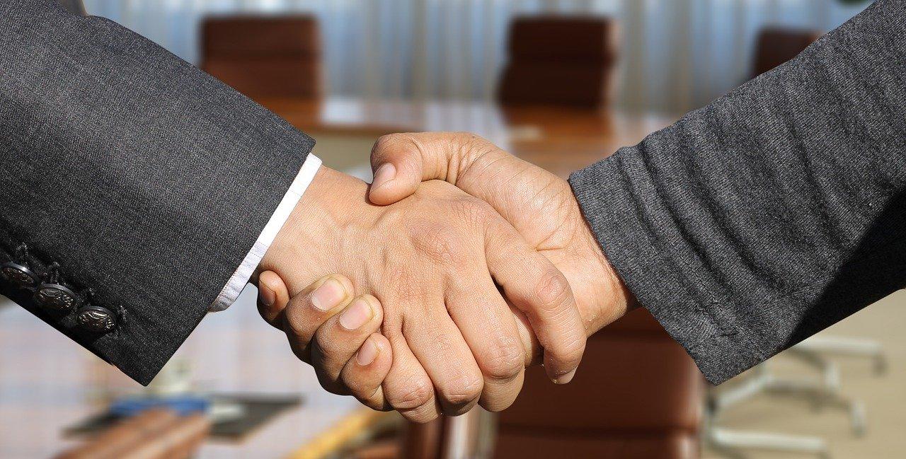 formation pour devenir chargé mécénat et partenariat